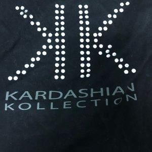 Kardashian kollection t shirt